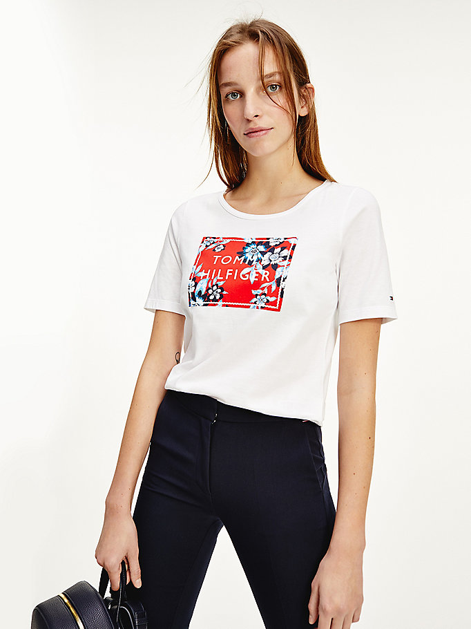 TOMMY HILFIGER T-SHIRT CON BOX LOGO ROSSO